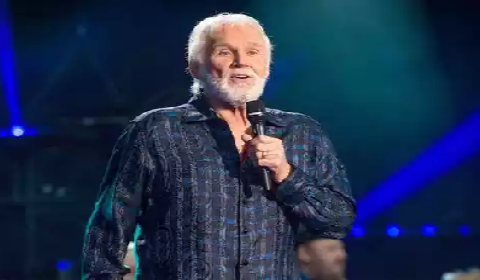 Country music singer Kenny Rogers